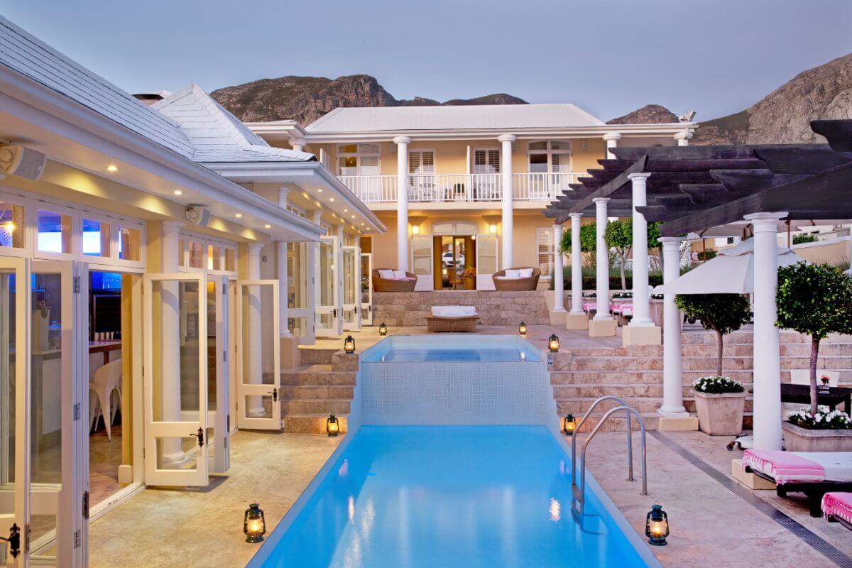 5-star-hotel-south-africa-1200x800