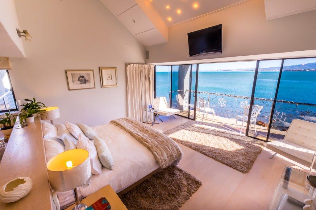 Luxurious-Starlight-Premier-Suite