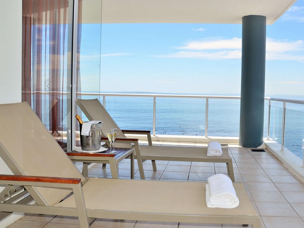 vip-balcony