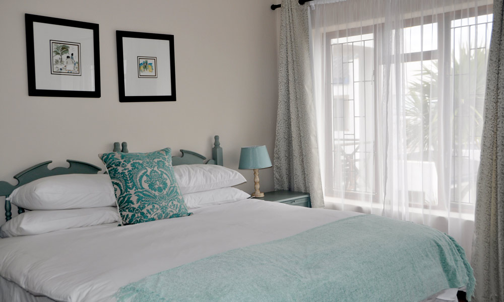 crystic-main-bedroom