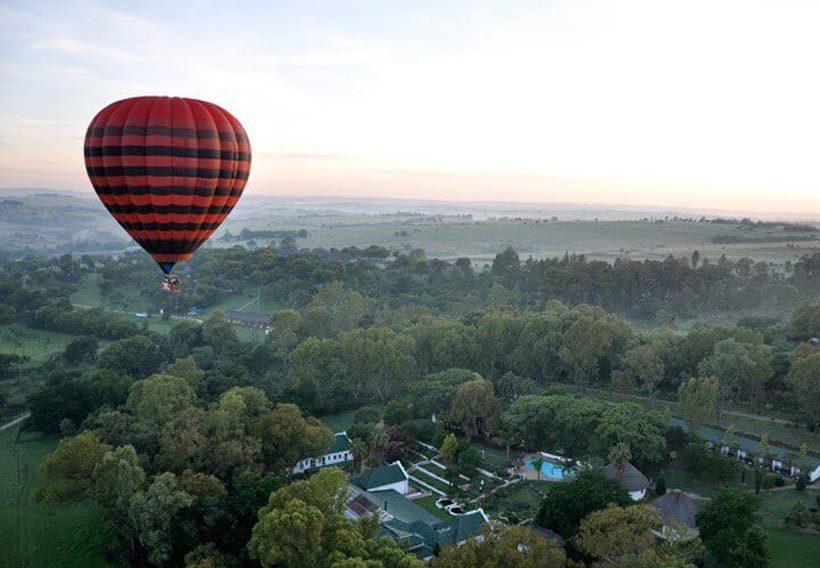 medium-Hot-Air-Balloon-1521572907723