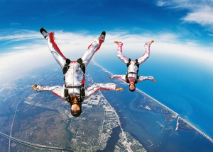 sky-diving-wallpapers_9205_1280x800-300x215